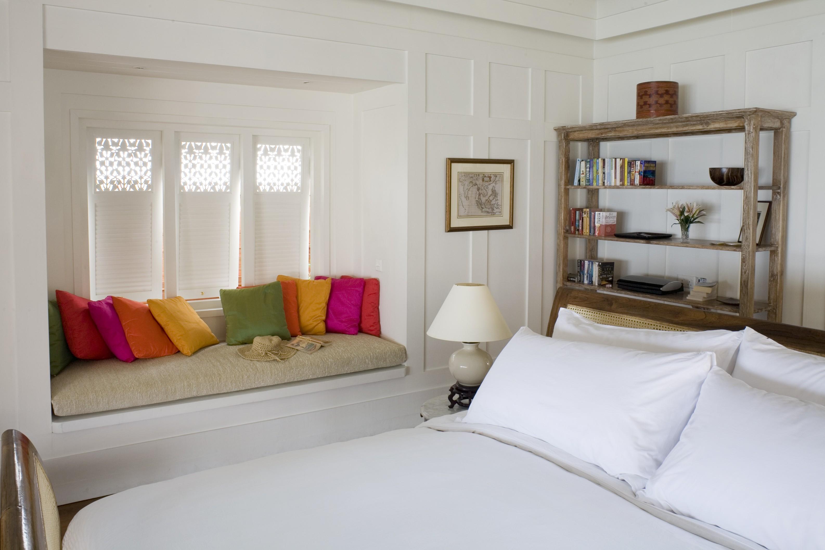 Маленькая спальня: 7 идей увеличения пространства