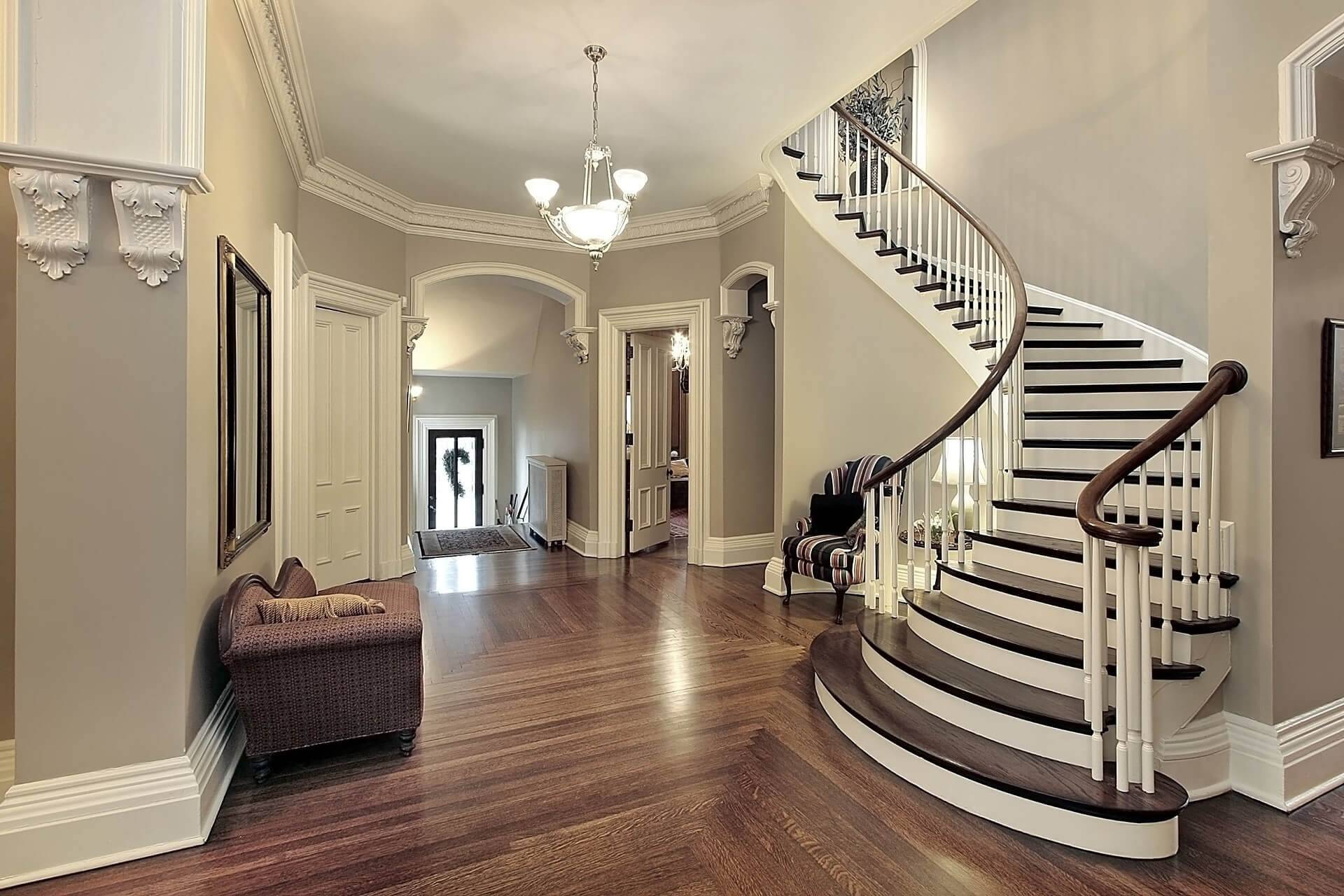 Какая лестница лучше для частного дома