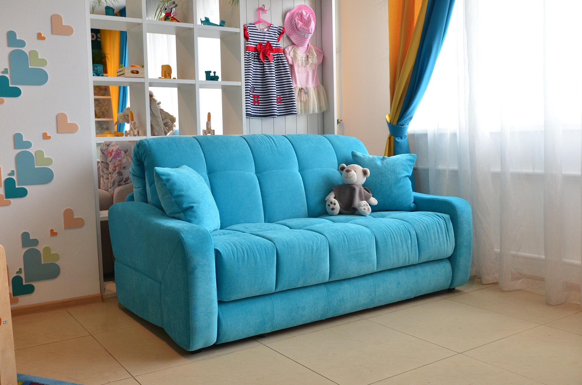 Как обновить диван своими руками